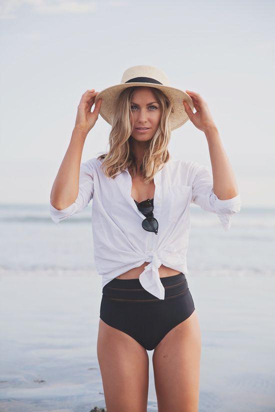 Come scegliere il copricostume: la camicia è più chic