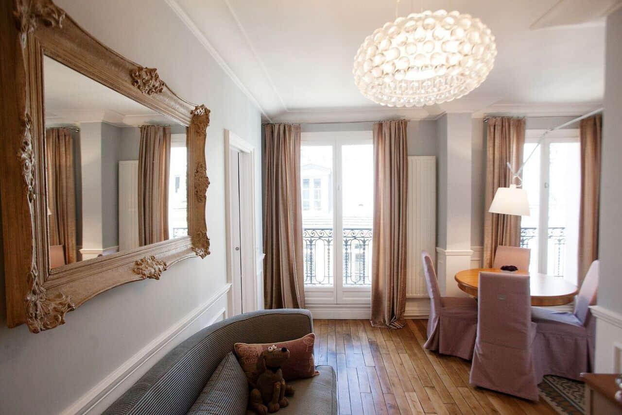 Arredamento stile parigino idee shabby chic per la casa - Mobili in stile francese ...