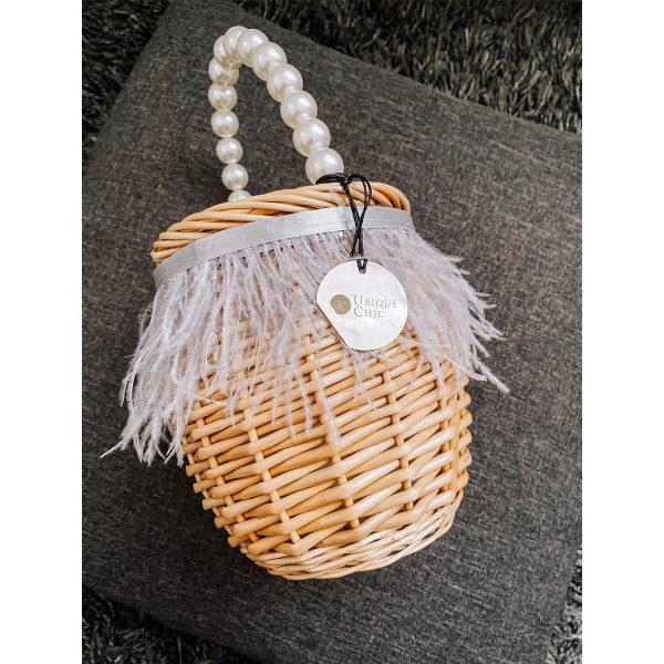cestino con manico perle e piume grigie 01
