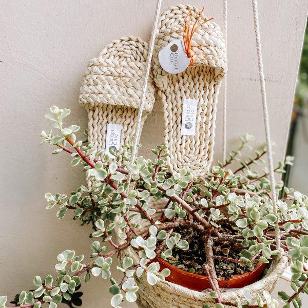 sandali a fascia in paglia naturale 01
